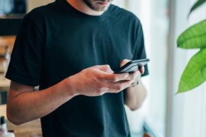 12 Texting Rules Every Man MustKnow When Chatting with a Woman