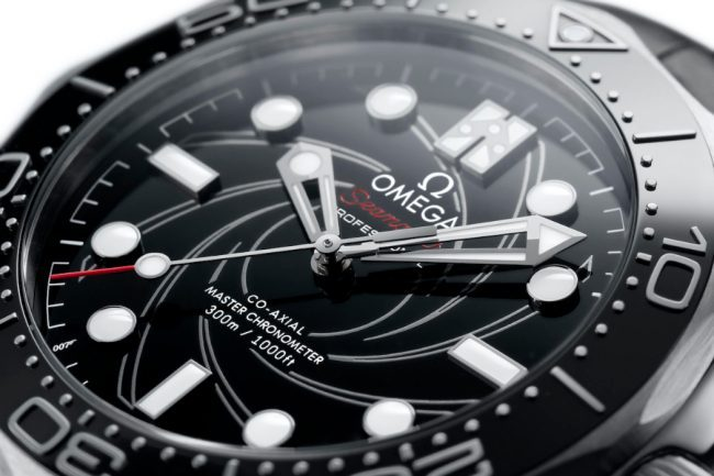 The New James Bond Seamaster 300M Platinum Gold Edition is Impressive