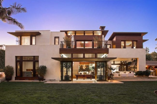 Matt Damon: See His Stunning Zen Mansion at Pacific Palisades LA