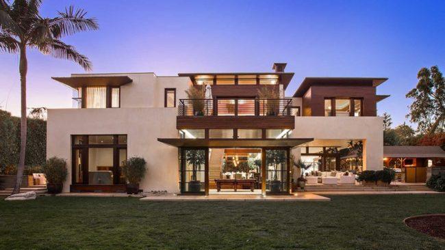 Matt Damon: See His Stunning Zen Mansion at Pacific Palisades LA