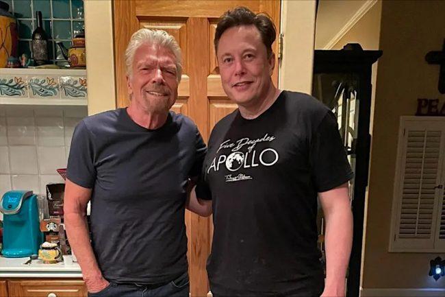 Elon Musk Buys a Ticket For Richard Branson's Virgin Galactic Spaceflight