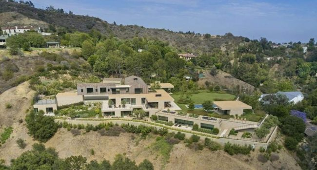 Scooter Braun Bought a Massive US$ 65 Million Brentwood Mansion
